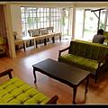 綠沙發.jpg