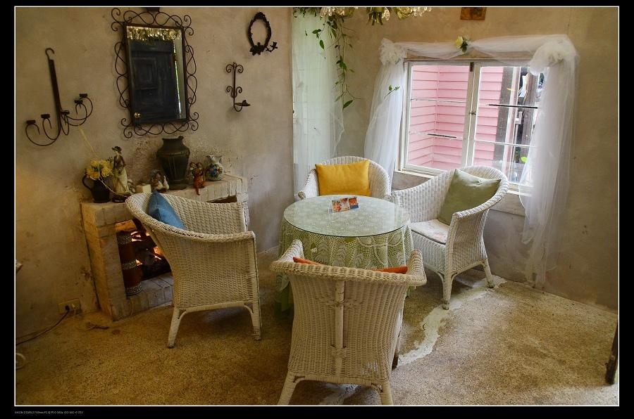 客廳藤椅1.jpg