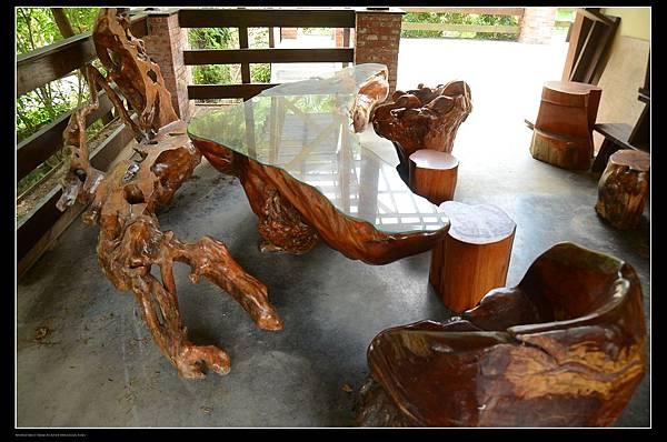 原木桌椅1.jpg