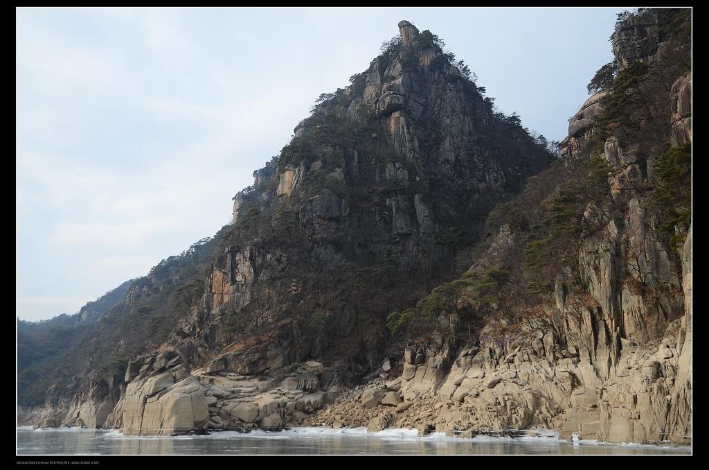 山峰.jpg