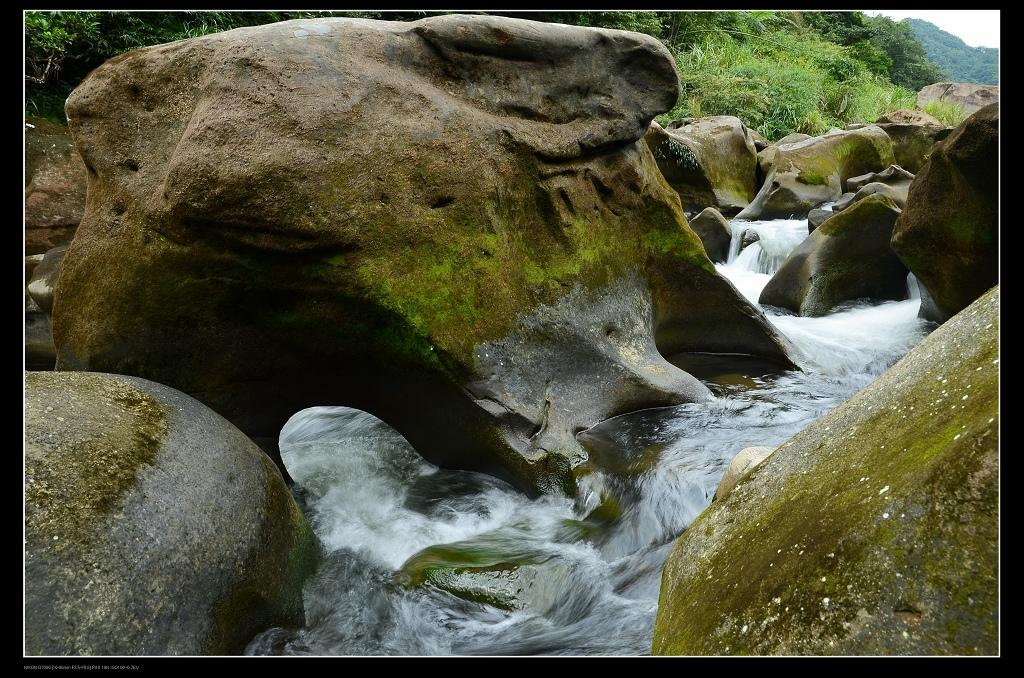 溪流2.jpg