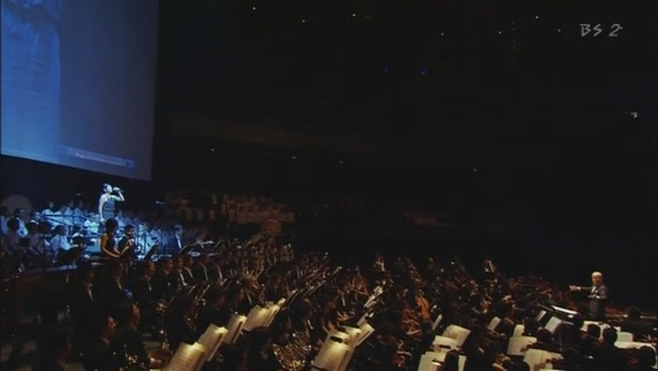 久石让.-.[久石让在武道馆~与宫崎骏动画一同走过的25年~].演唱会.(HDTVRip)[(029700)00-05-22].JPG