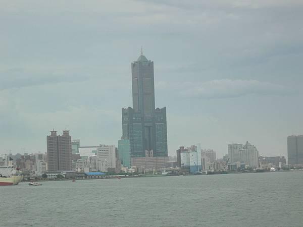 從度船上拍八五大樓