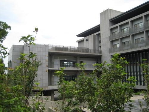 東海大學13-新建物