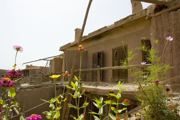 一家維族院子的陽台