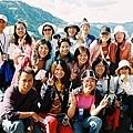 台湾队在喀纳斯湖畔.jpg