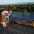 在五彩河岸拍摄落日.jpg
