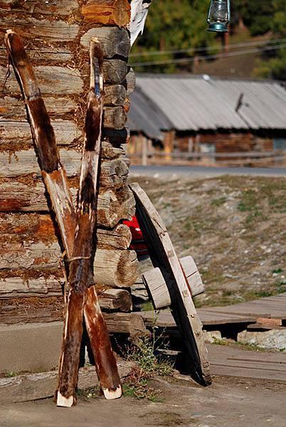 圖瓦人使用的雪橇.jpg