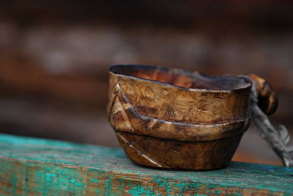 圖瓦人使用的碗.jpg
