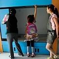 0505蘭蘭參觀小學部的寢室.jpg