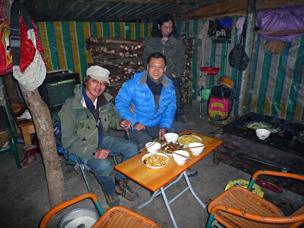 1031抵達黑水縣在村民家晚餐.JPG