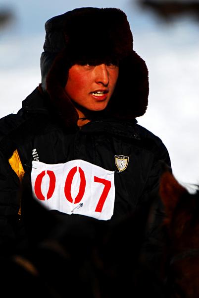 参赛的帅气的007号选手3.jpg
