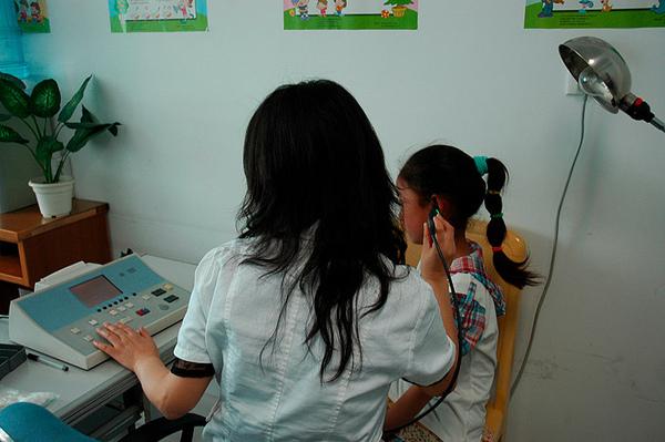 0504醫院聽力檢查1.jpg