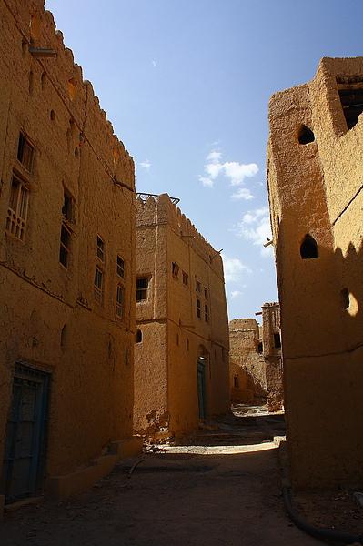Al Hamra的傳統泥土屋