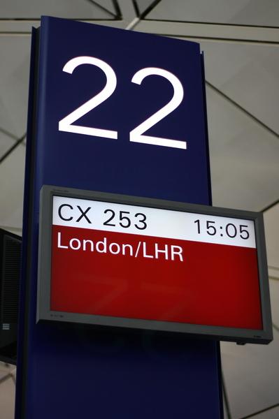 香港機場我們所搭的班機的登機口