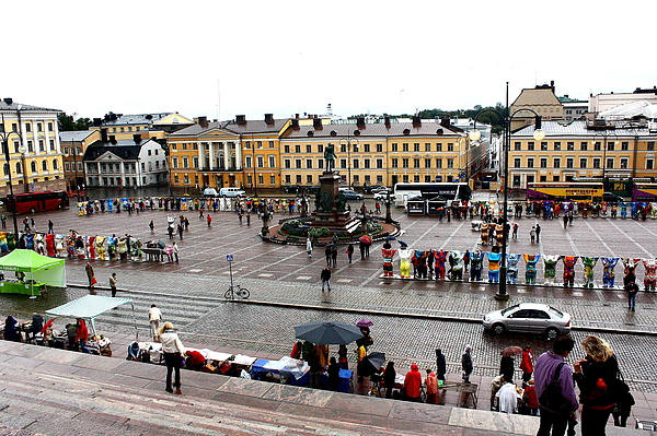 Tuomiokirkko 教堂前的廣場
