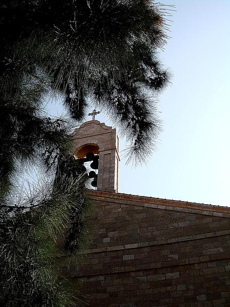 參加死海tour的第一站- 一個馬賽克教堂。