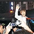 0221慶功宴完上車的特哥.jpg