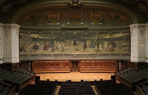Amphithéâtre-de-la-Sorbonne---630x405---©-Rectorat-académie-de-Paris-Sylvain-Lhermie.jpg