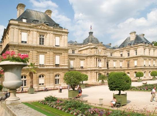 巴黎的世界古蹟日_參議院.png