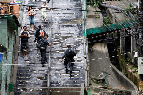escalier_Favela_JR_usure.jpg