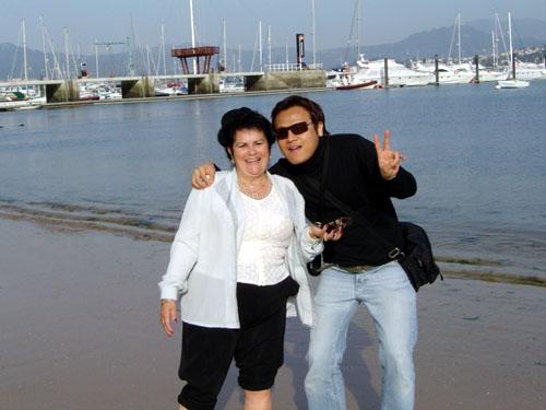 Galicia加利西亞拾貝退休婦人