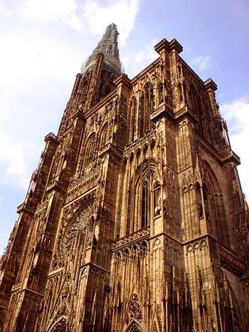 高聳巍峨的Strasbourg大教堂