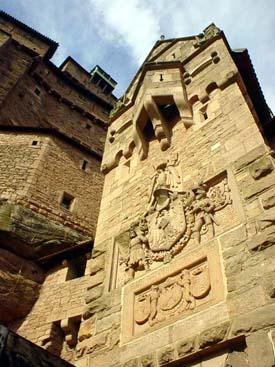 城門上刻有Guillaume II (德皇威廉二世)的名字