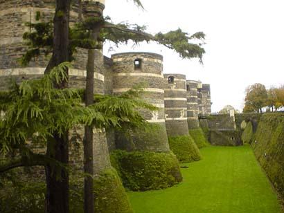 昂熱城的象徵建築~Chateau d'Angers昂熱城堡