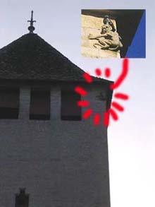 Pont Valentré堡橋中塔高處的魔鬼石雕