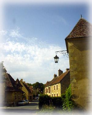 Apremont-sur-Allier村落一角