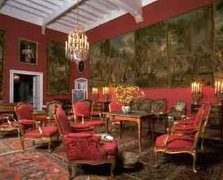 Aulteribe城堡裡精緻典雅的內部陳設