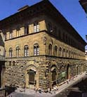 Medicis家族在Florence的宅第Palazzo Medici Riccardi一角