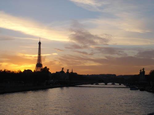 冬天,一個人走在Paris街頭…