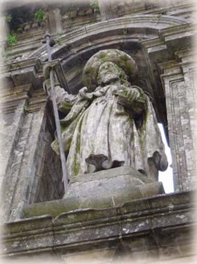 聖門上的聖雅各Saint-Jacques像