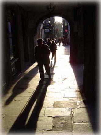 聖城一角,時光的隧道