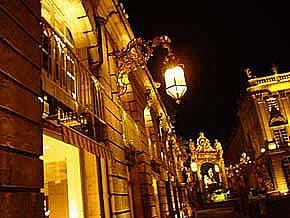 Stanislas廣場洛可可式鐵花雕飾的一角