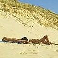正在享受陽光的波爾多法國人