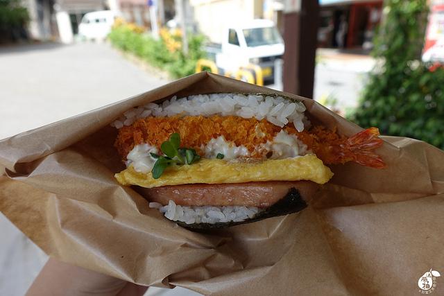 國際通牧志市場豬肉蛋飯糰總店 (15)