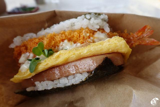 國際通牧志市場豬肉蛋飯糰總店 (23)