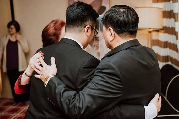 34_父親母親與女兒與女婿,永遠的一家人