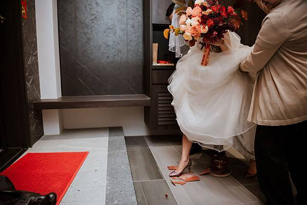 39_新娘過火爐與踩瓦片