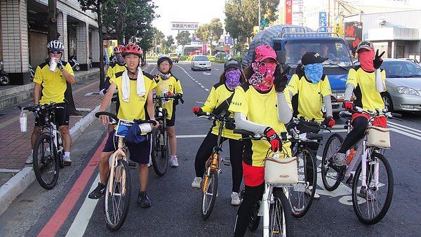 44-2010.10.02市府舉辦~單車成人禮