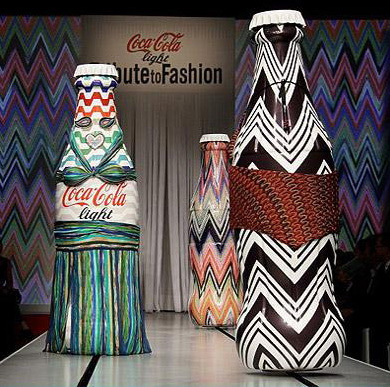 coca-cola-light-tribute-to-fashion_3.jpg