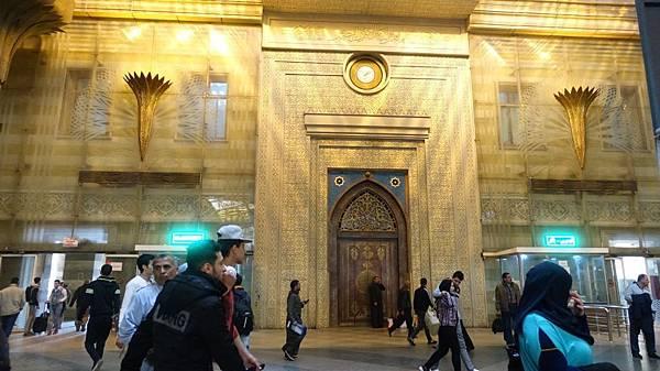 cairo train station.jpg
