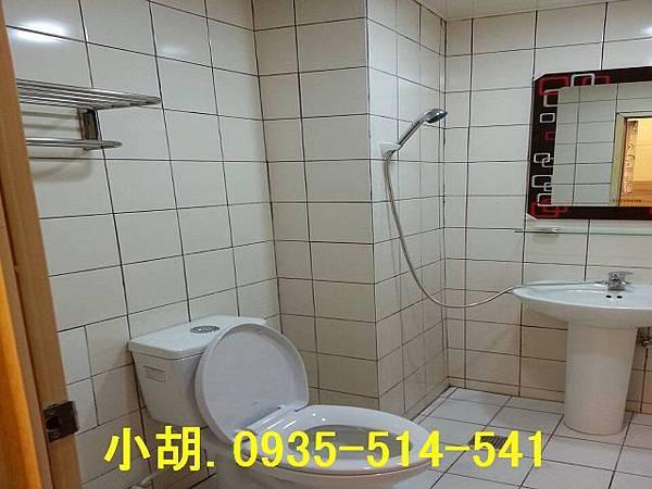 21984