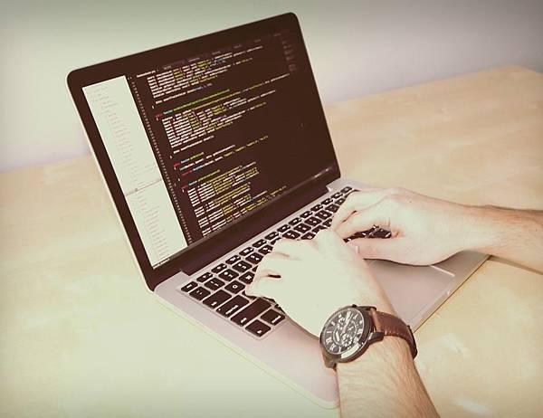 達內教育評價見證者-零基礎也能當Python資料工程師!