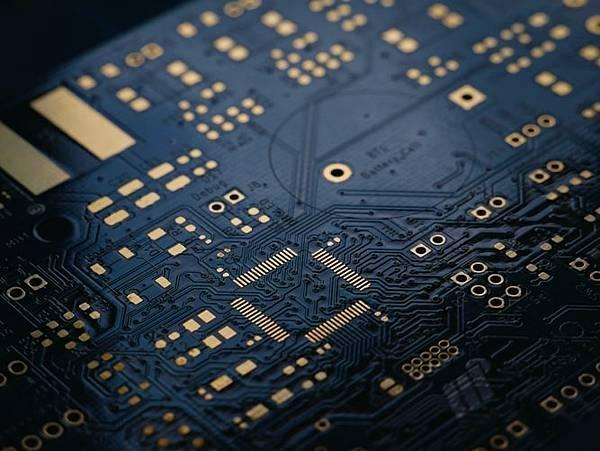 IC晶片只需6小時就能搞定?!原來最大功臣是AI!