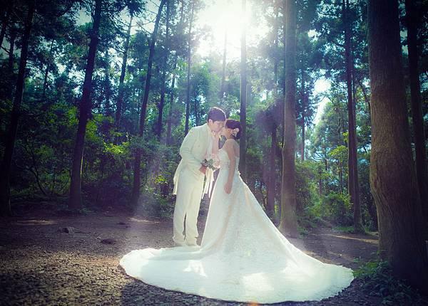 109.黑森林-Frei-夏煦婚嫁-自助婚紗-森林綠地-上帝的光.jpg