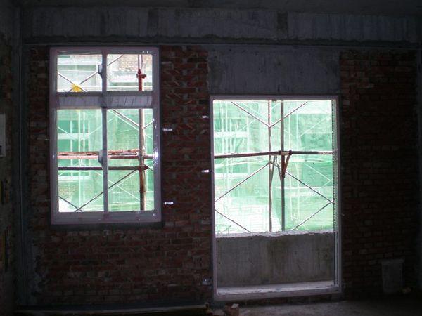 二樓落地窗和大窗